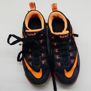 Nike Youth Basketball Shoes
